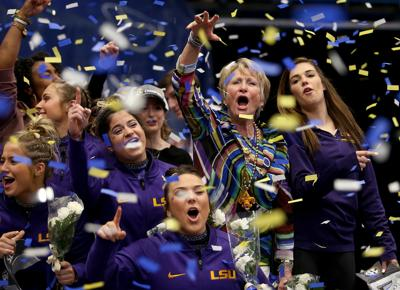 LSU's D-D Breaux earns 800th career win at NCAAs