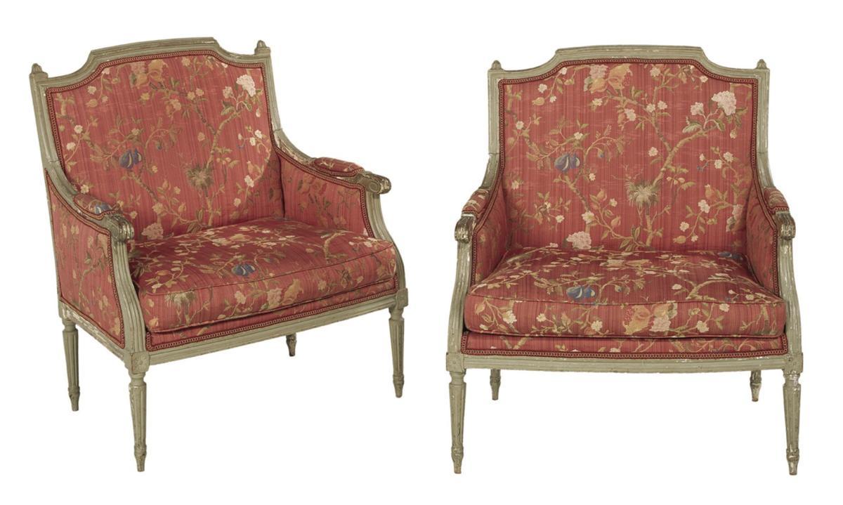 AUCTION chairs.jpg
