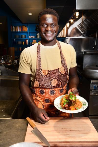 Chef_Serigne_Mbaye_prepares_Theiboudienne_03_CR_CherylGerbe.JPG