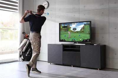 Improve your golf game without heading to the course with this simulator