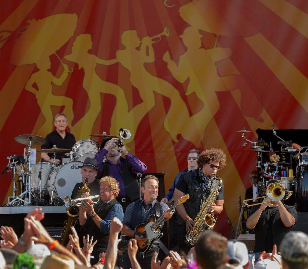 The Boss takes command at Jazz Fest _lowres