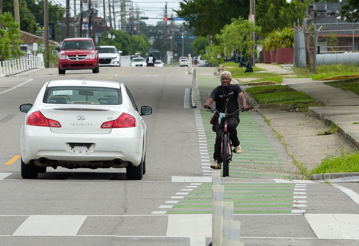 NO.bikelanes.adv.0001.JPG
