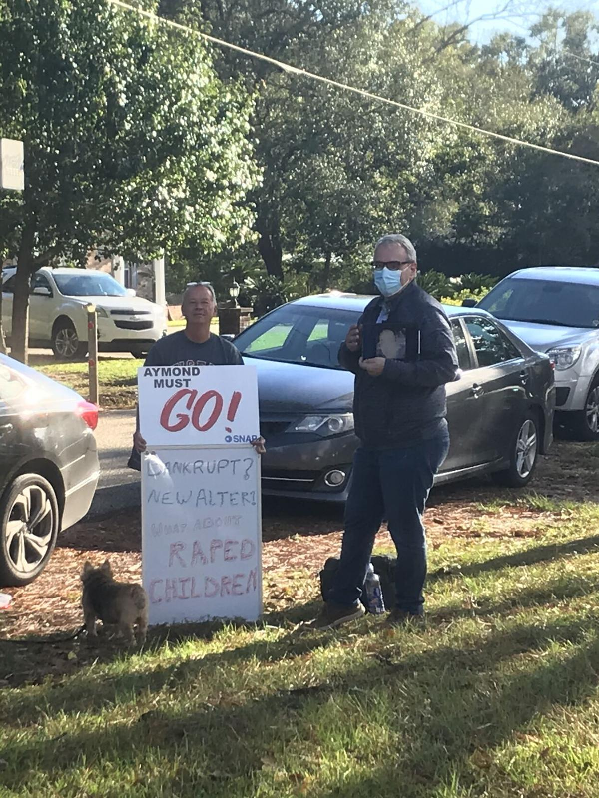 Pearl River church protest