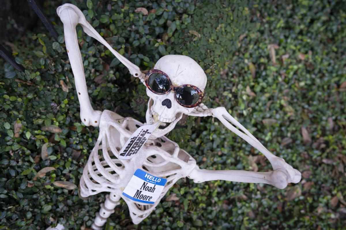 skeleton house  .JPG