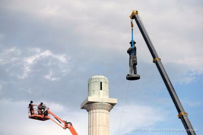 A process to replace the Lee monument slowly unfolds