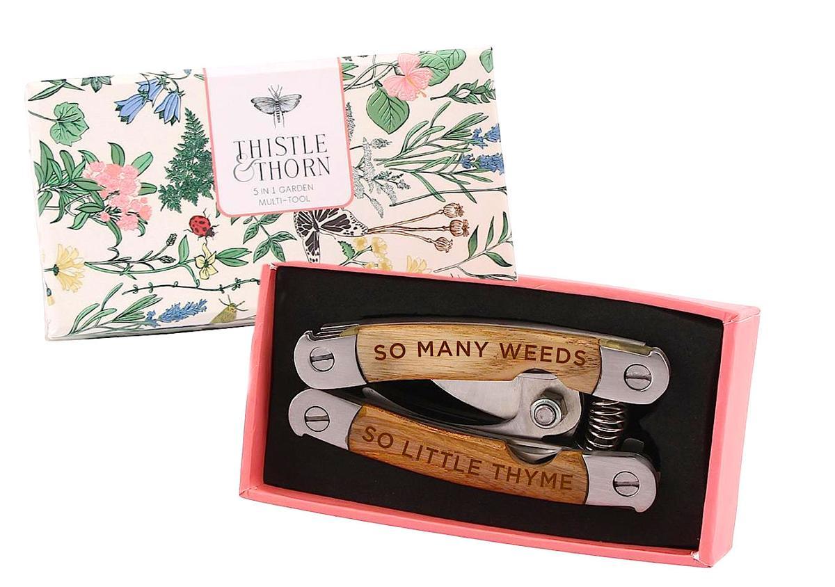 grandmothers buttons garden tool JPG