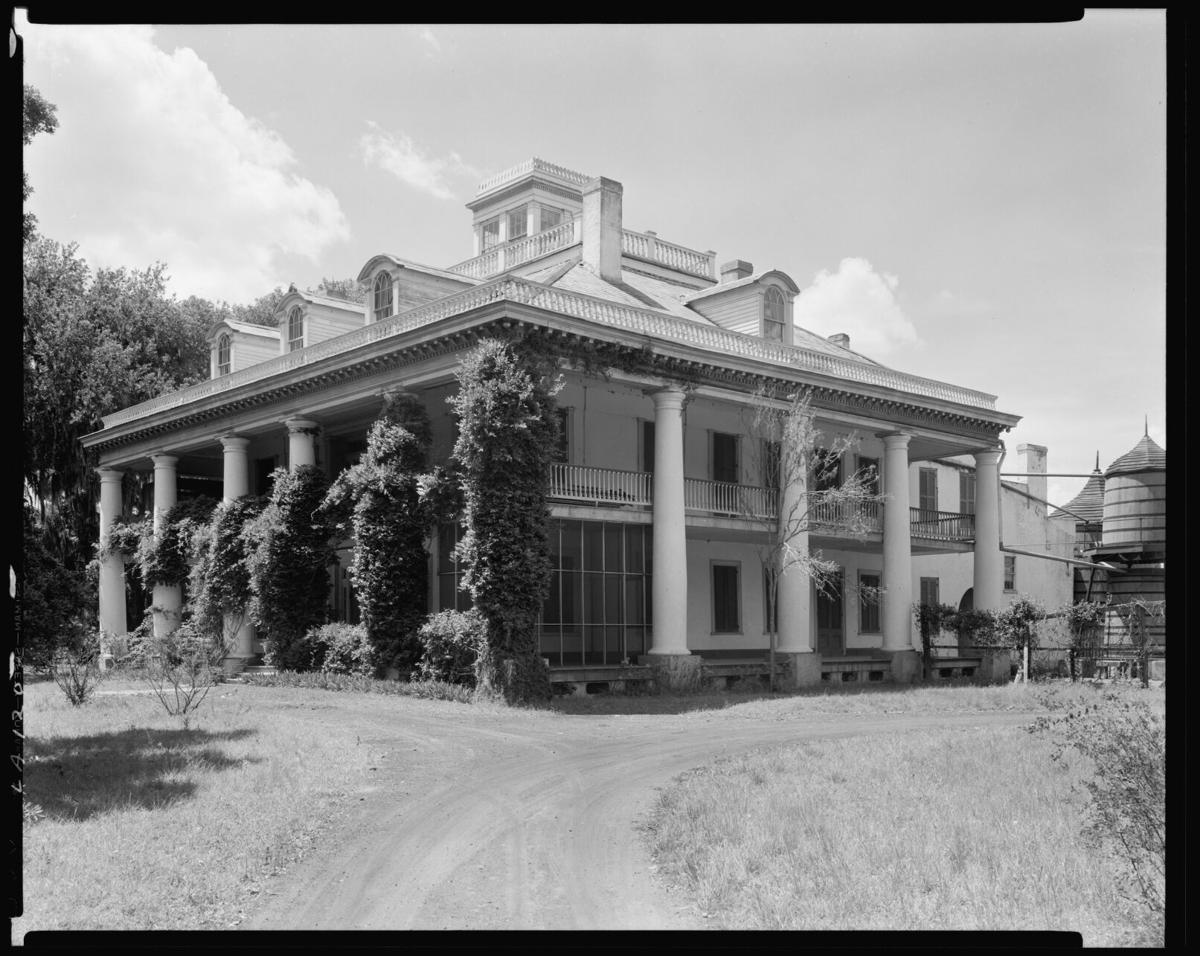 inside history houmas house 01.jpg