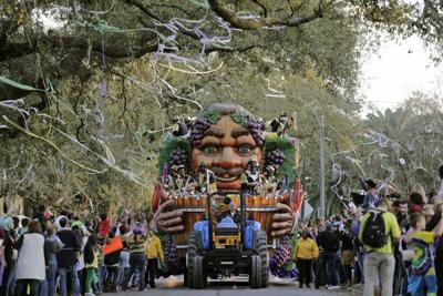 Mardi Gras fact: The neutral ground side is better than sidewalk side