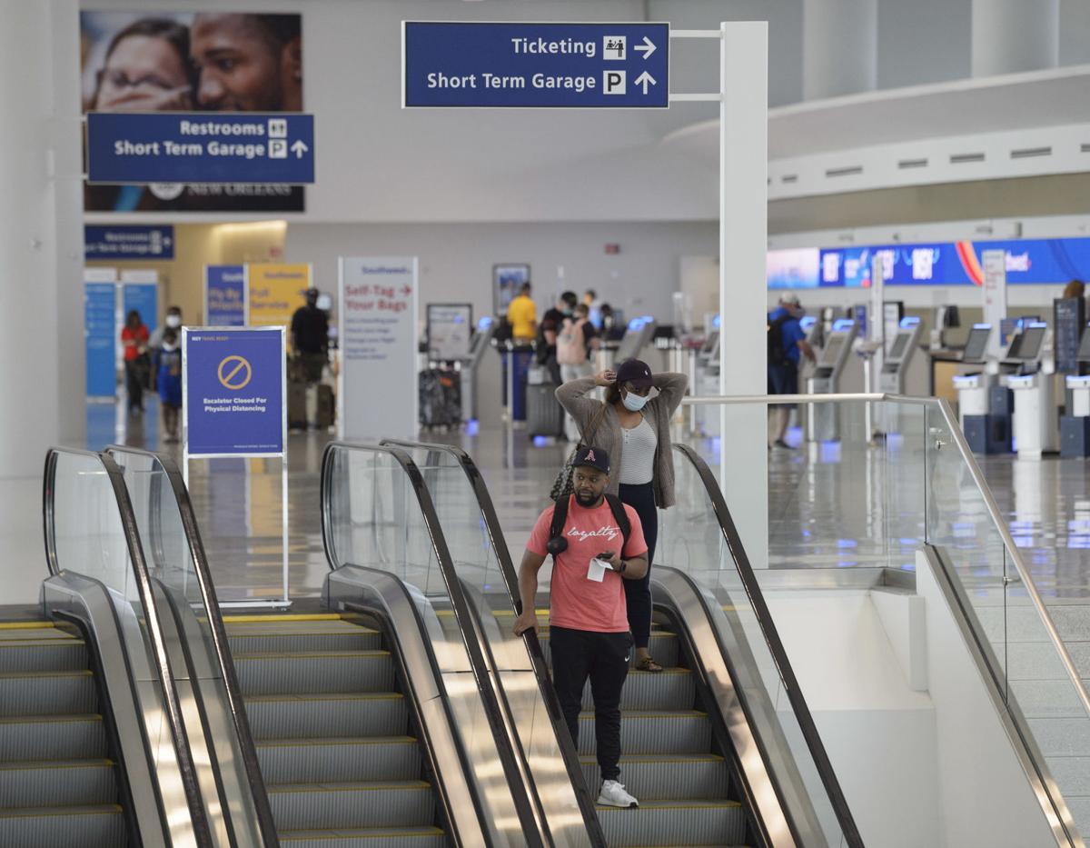 NO.airport.adv.0011.JPG