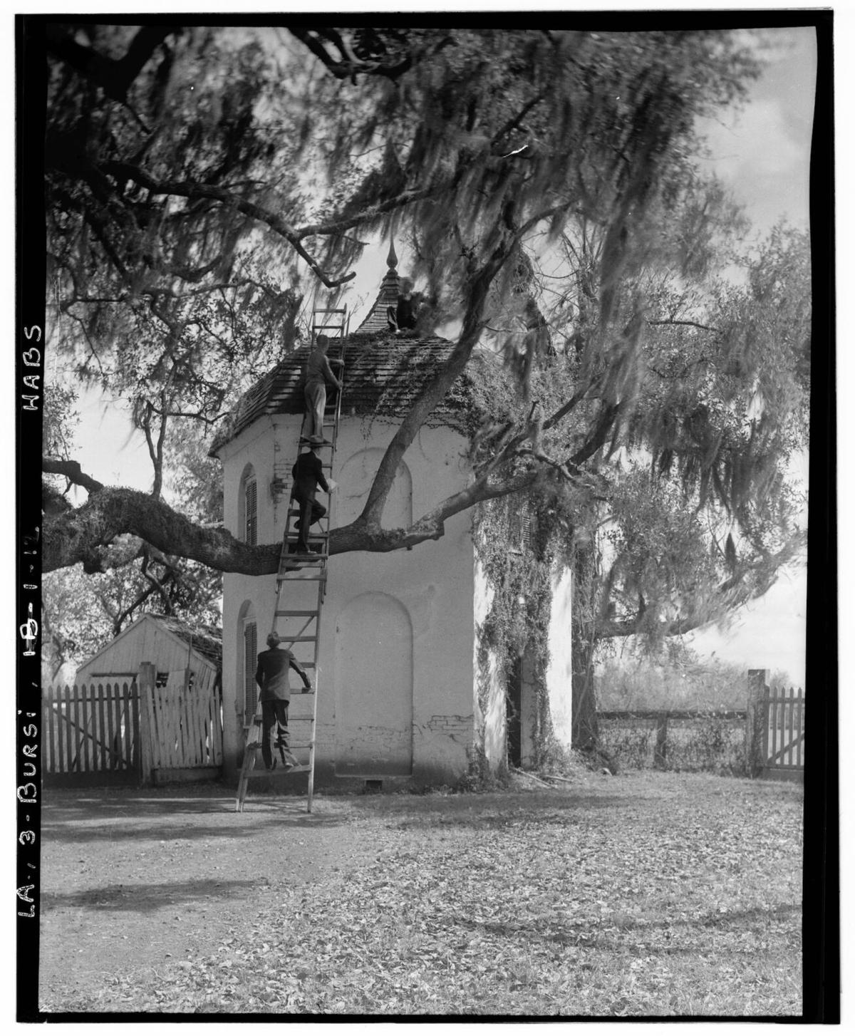 inside history houmas house 02.jpg