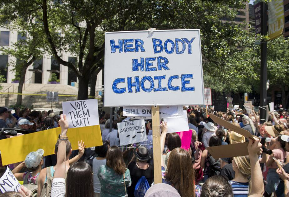 State judge blocks challenge to new law limiting minor's access to abortion care