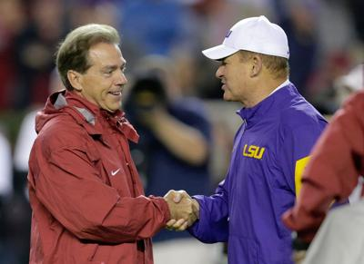 Les Miles suggests LSU will beat Alabama on Saturday