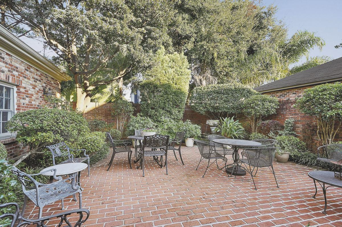 341 Brockenbraugh Court in Old Metairie  -  Patio