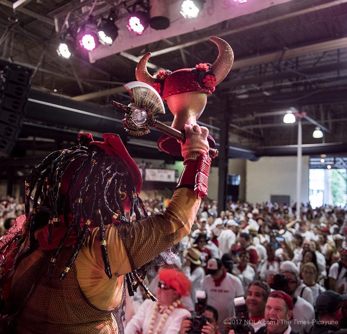 Celebran fiesta de San Fermin y El Txupinazo por una buena causa