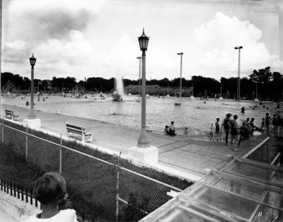 Audubon Park, Swimming Pool