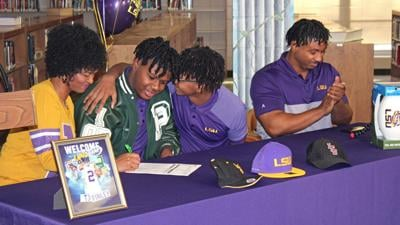 TJ Finley signs with LSU