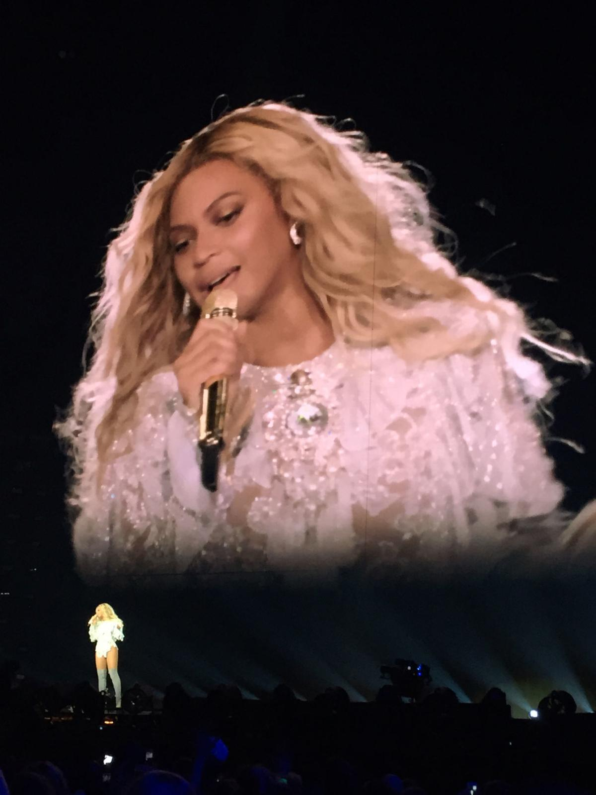 Beyonce takes over Superdome