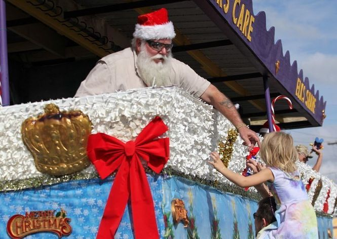 Sutton Christmas Parade 2021 6 Christmas Parades Around New Orleans Starting This Weekend Entertainment Life Nola Com