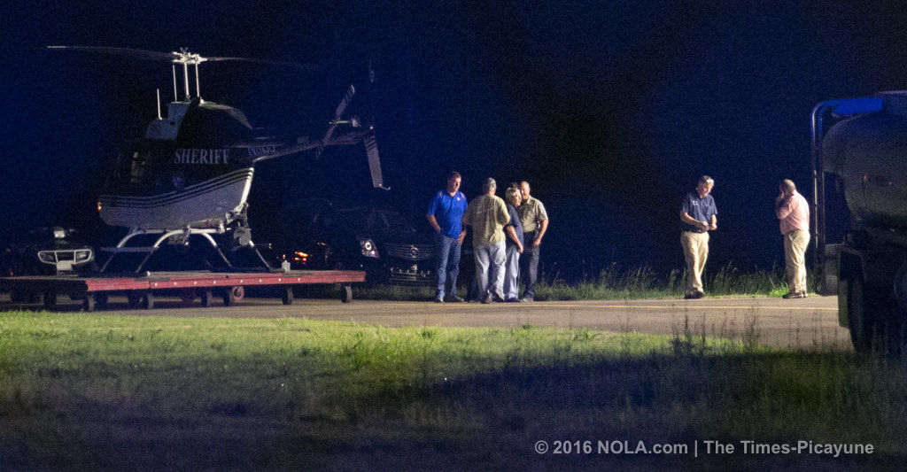 Mosquito plane hit electrical towers before Slidell crash killing 2
