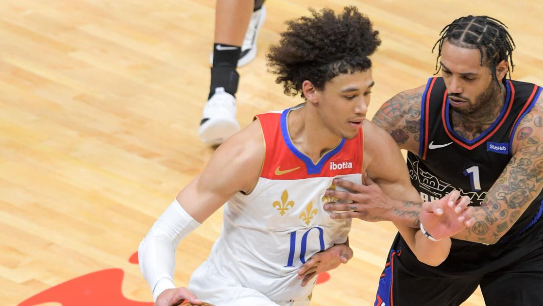 Pelicans' Jaxson Hayes shocked with police stun gun after 'scary screaming' at girlfriend's house