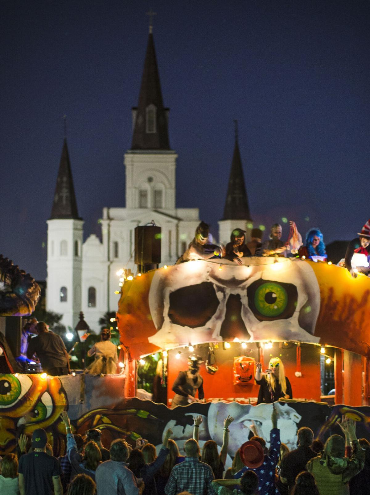 Krewe of Boo parade 2014 (copy)
