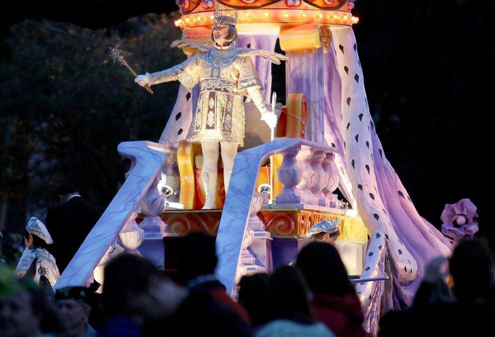 Parade-packed Saturday includes processions in four parishes _lowres (copy)