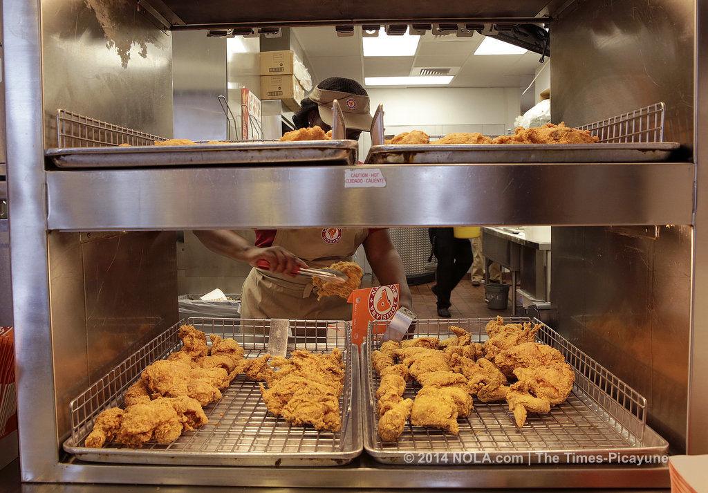 Best fried chicken taste test starts at Popeyes Louisiana Kitchen