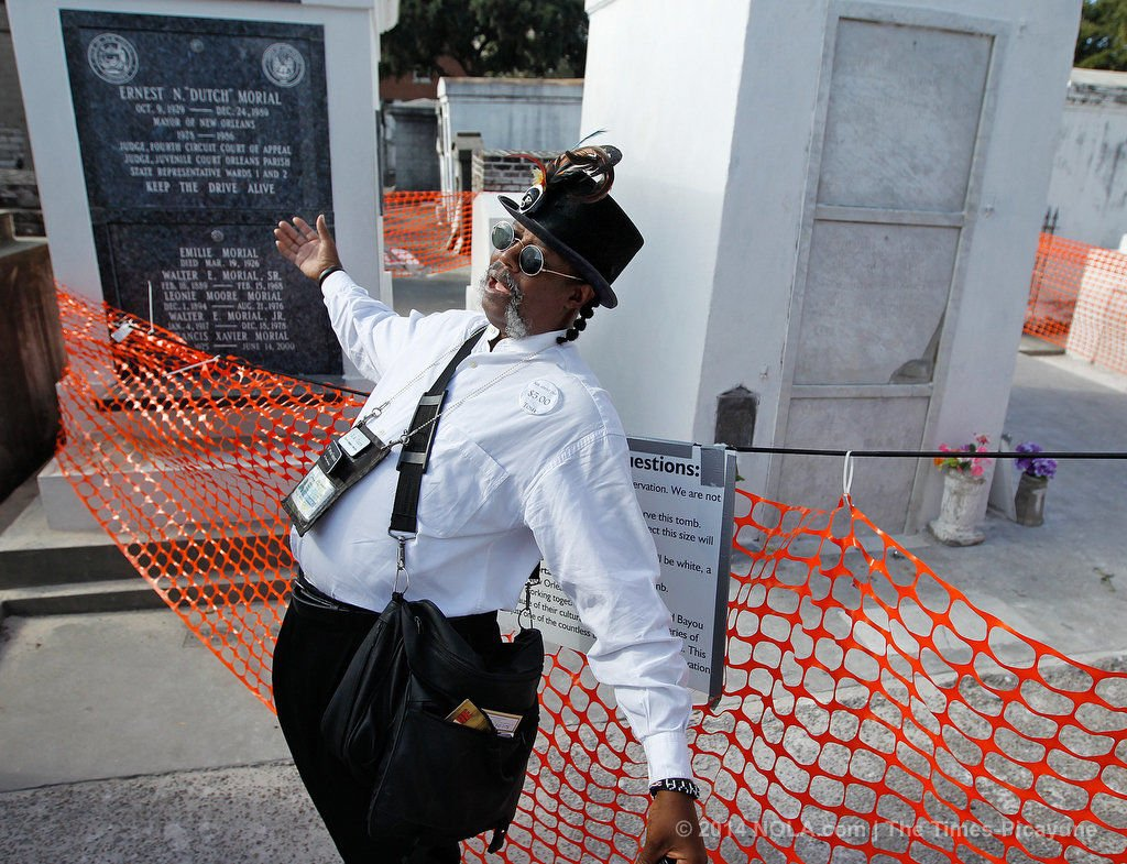 Tomb of Marie Laveau, Voodoo queen of New Orleans, refurbished in time for Halloween