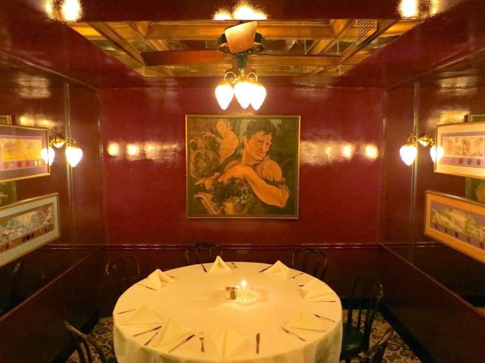 arnauds bacchus room