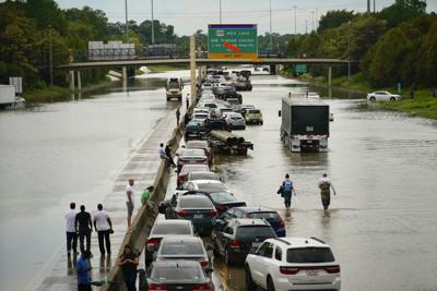 I-10 closed in Texas
