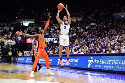 LSU guard Tremont Waters out with illness vs. No. 5 Tennessee
