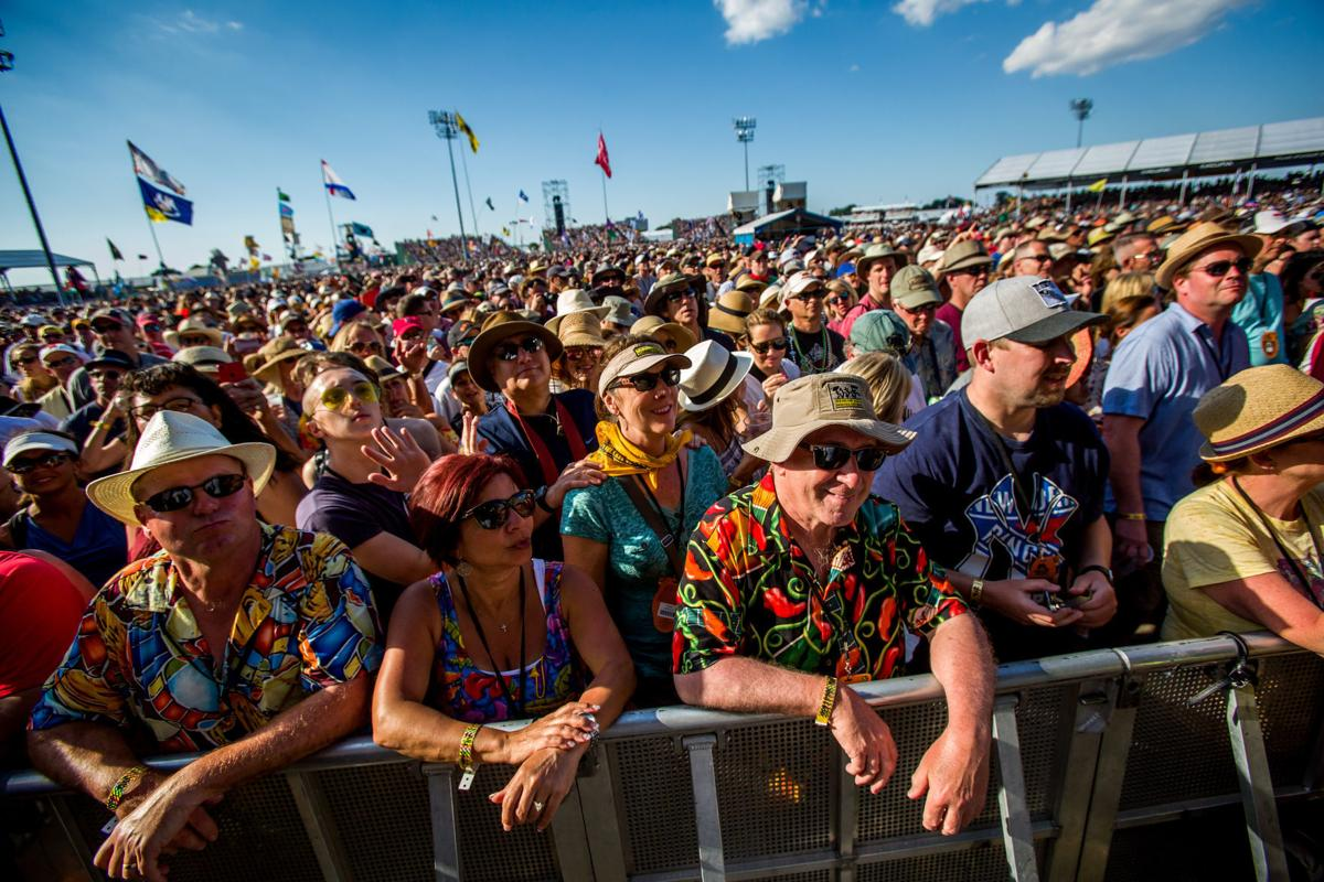 No Jazz Fest >> 2017 New Orleans Jazz Fest Attendance Same As 2016 About 425 000