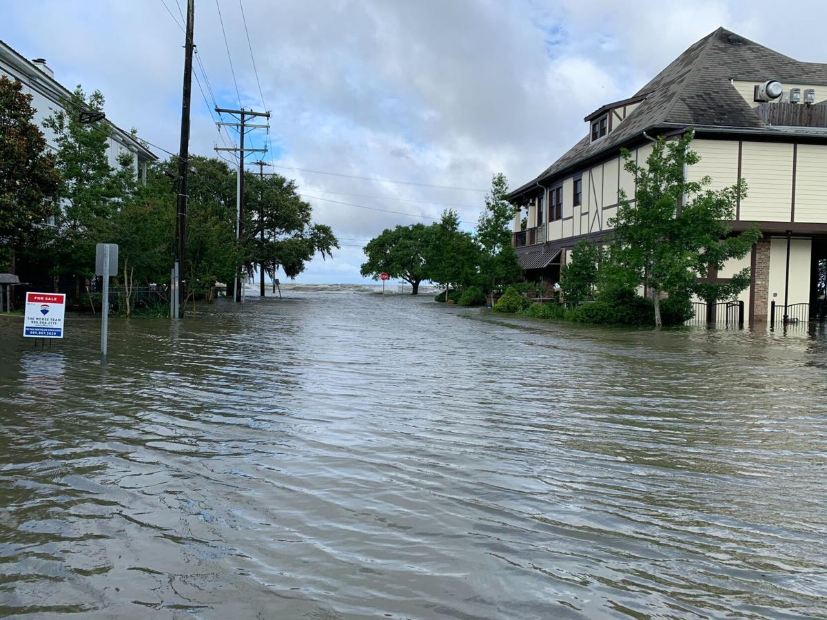 Mandeville flooding near Lakeshore Drive after Cristobal