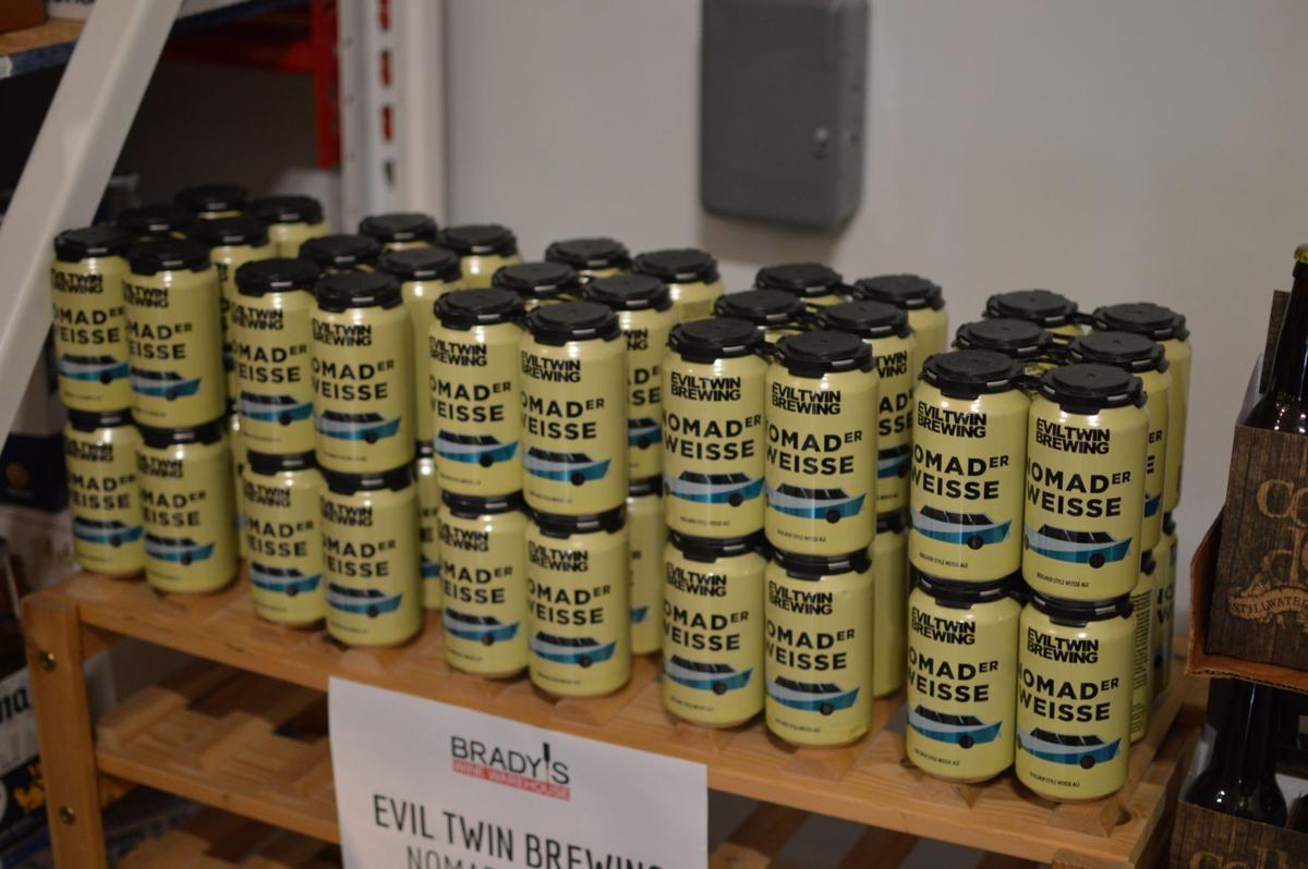 Free beer tastings during American Craft Beer Week_lowres (copy)