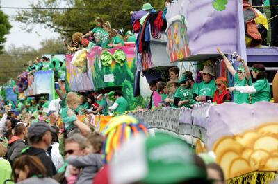 Metairie Road 2019 St. Patrick's Day Parade Met. Patrick parade