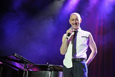 Alan Cumming conquers New Orleans with a diverse evening of songs and gossip (copy)