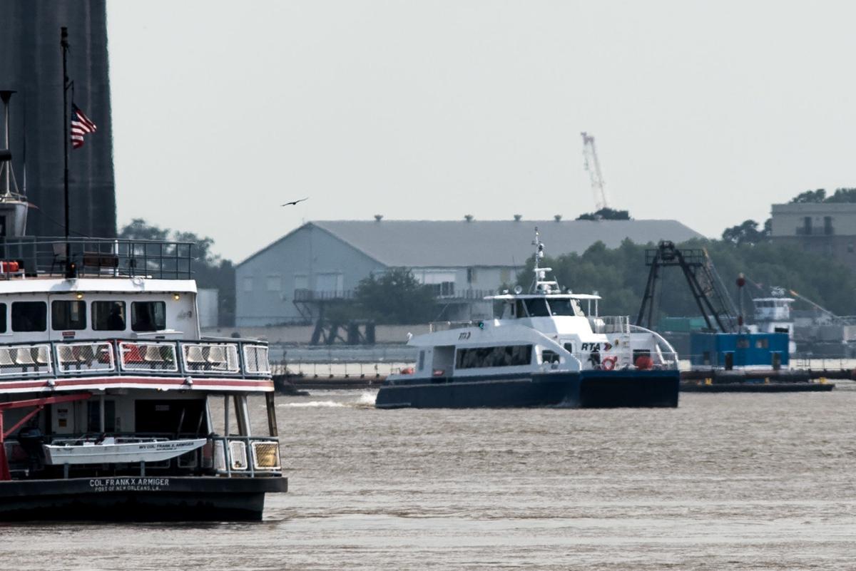 NO.ferryboat.071118.012003