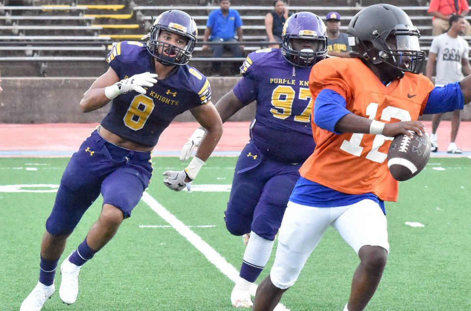 Landry-Walker, St. Augustine battle in defensive scrimmage Friday