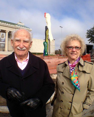 Roy Lichtenstein sculpture arrives at New Orleans Museum of Art