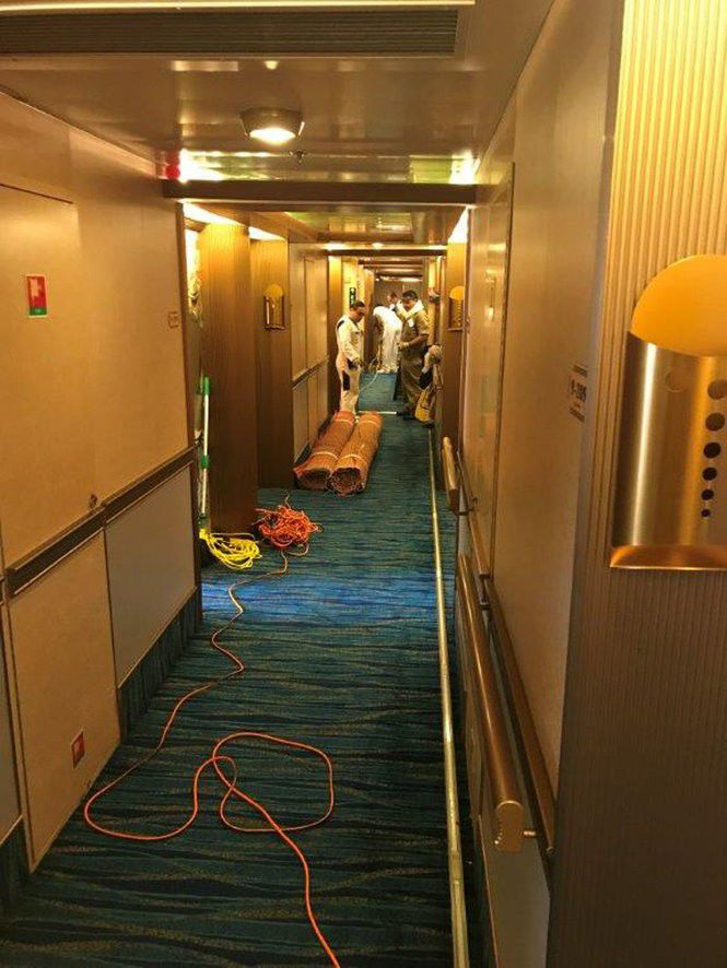 Pipe Burst Aboard Carnival Dream Floods Staterooms