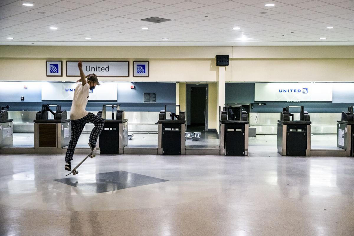 NO.airportskate.050321.012.jpg