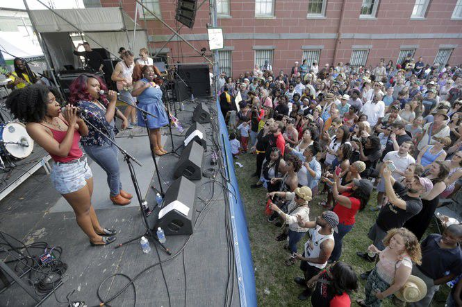 Can New Orleans become a thriving music industry hub like Nashville?