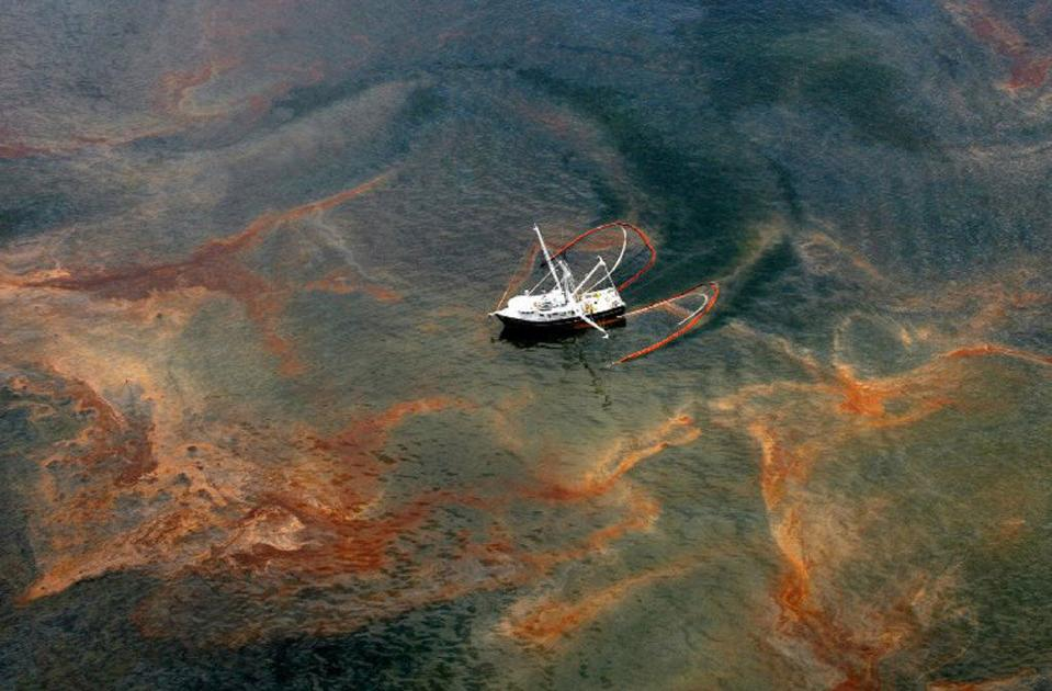Seafloor damage from BP spill vastly underestimated in rush for legal settlement