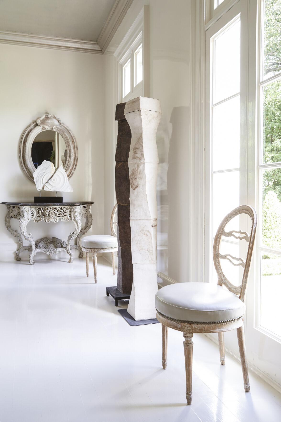 chair/art