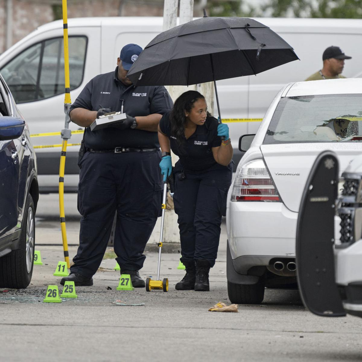 Two men fatally shot outside New Orleans East store