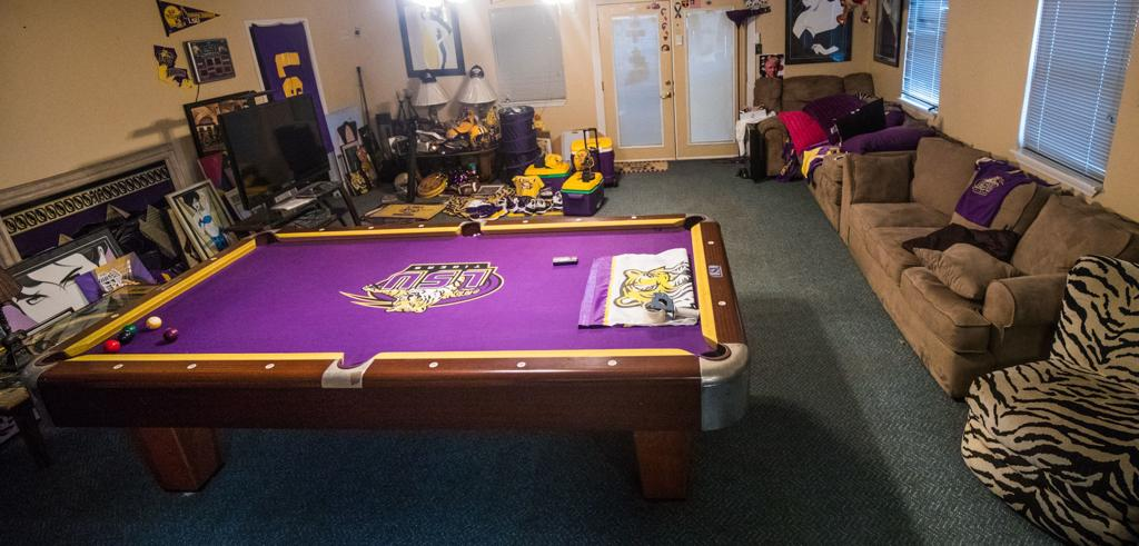 Lee S Lsu Treasure Trove From Tiger Bar Stools To