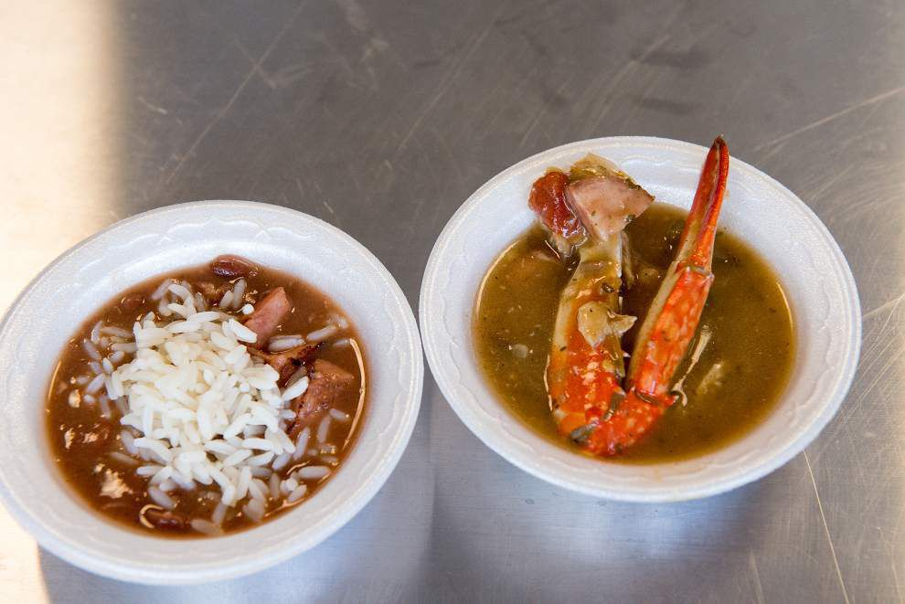 Courting flavor: exploring a different sort of food court, and setting the stage for Saturday's Caribbean Fest _lowres