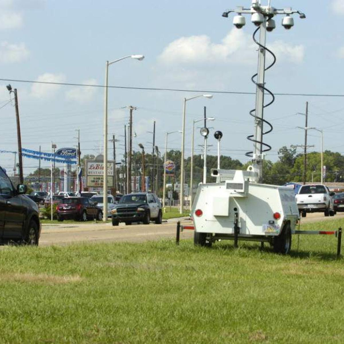 Suit against Gretna, Redflex over traffic camera tickets