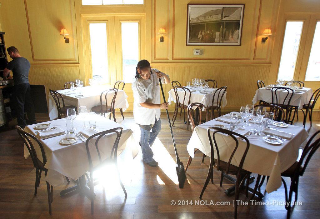 La Petite Grocery's Justin Devillier to open French Quarter restaurant
