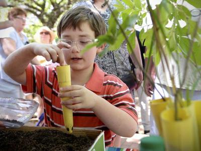 Loyola University hosts Earth Day activities throughout the week (copy)